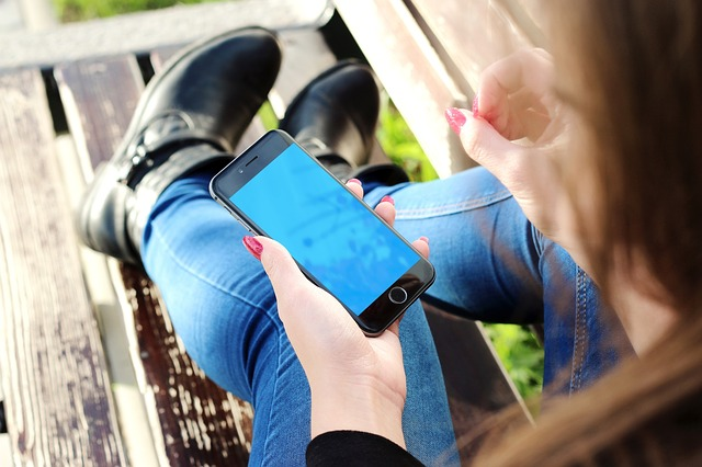 Telefon do korzystania z Internetu – jaki wybrać?