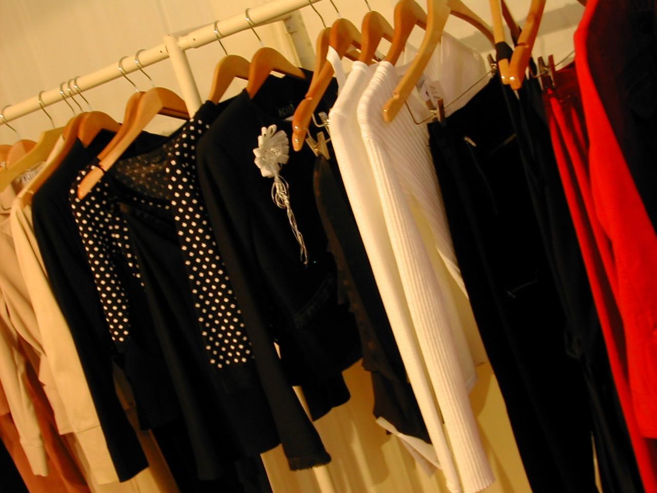 Biała koszula, czyli modna klasyka